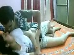 Savoury Indian girlfriend gets drilled on the bed