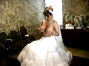 Nude bride. Preparations for the wedding.