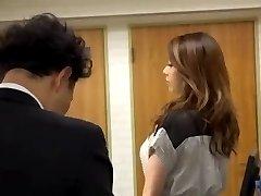 japanese mom's seduction