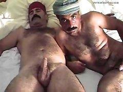 Arab daddies - Orient Bear Huseyin & Ali