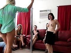 Homemade amateur bachelorettes poledancing