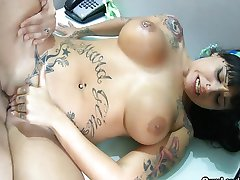 Curvy tattooed Latina wild anal riding