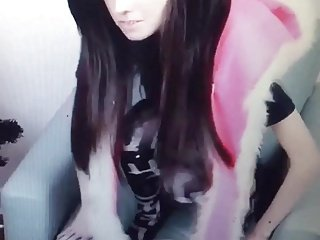 Emo YouTube star Eugenia Cooney pussy slip