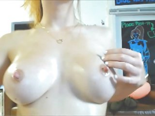 Redhead Cam Gorl Molly's Oil Show