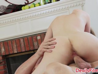 Petite babe pussypounded by older guy
