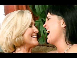 Two kinky ladies having fun